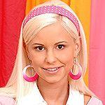 Lola Blond