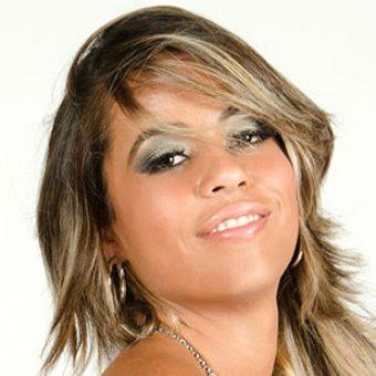 Lola Mello